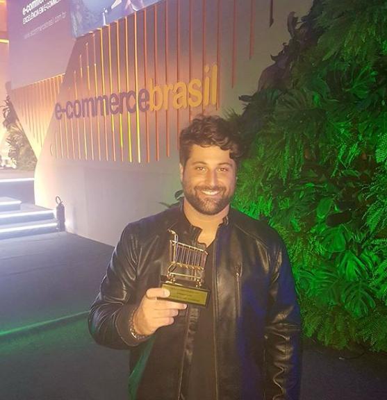 Alfredo ganhador do prêmio E-commerce Brasil
