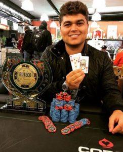 Tallis Gomes em campeonato de poker