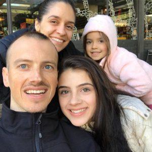 Vitor Torres e família